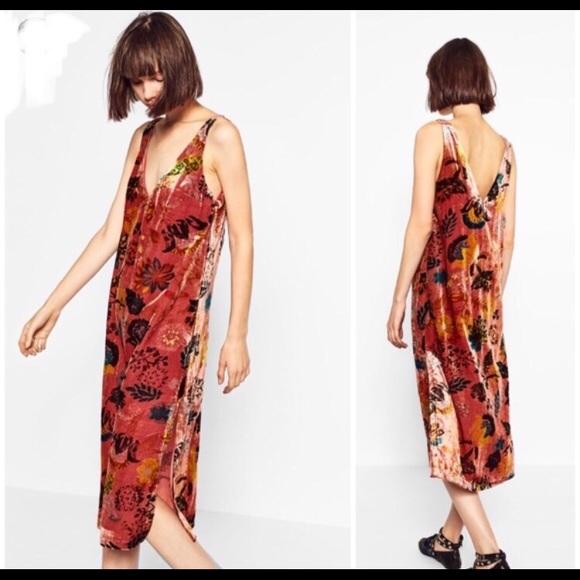 8ddaf0b2b1 🍍SALE Zara Trafaluc Velvet Festival Midi Dress